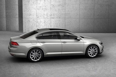 2015-VW-Passat-B8-23