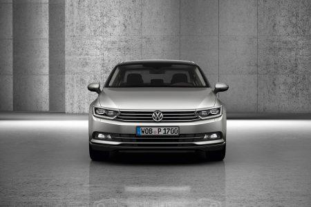 2015-VW-Passat-B8-25