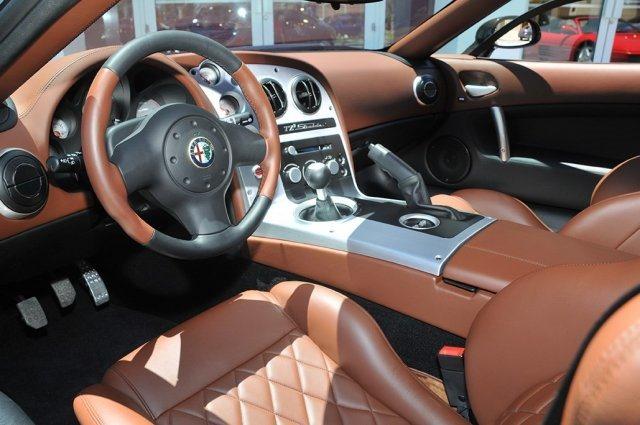 A la venta un Alfa Romeo TZ3 Stradale en Estados Unidos 3