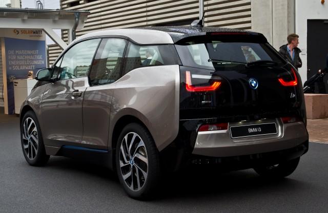 BMW anuncia que compartirá tecnología en materia de baterías 1