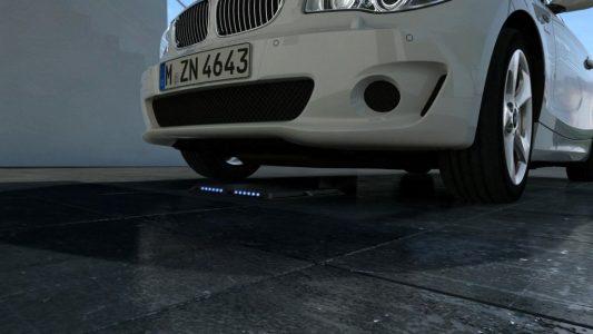 bmw-mercedes-benz-working-on-wireless-charging_100472145_l
