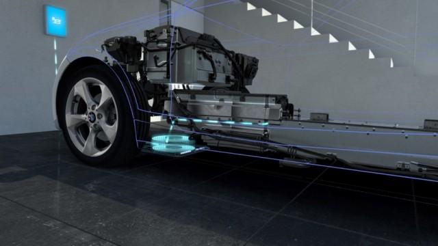 BMW y Mercedes trabajarán juntas en la carga inalámbrica de sus vehículos eléctricos 1