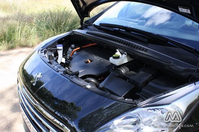 Prueba: Peugeot 3008 HYbrid4 (diseño, habitáculo, mecánica) 4