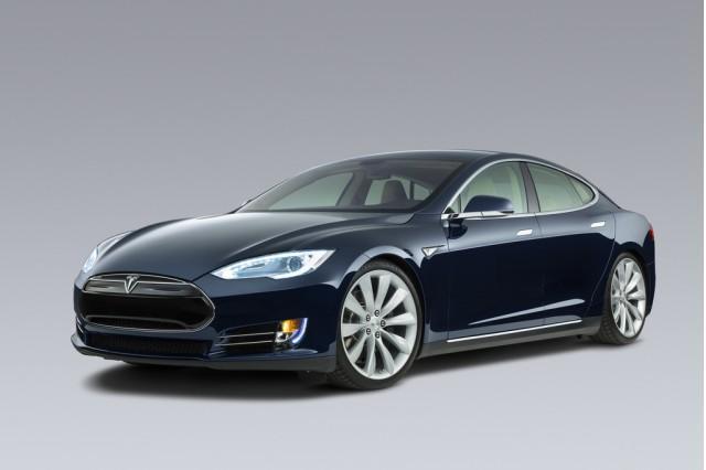 Tesla apunta alto con el Model E, rival del BMW Serie 3 y Audi A4 2