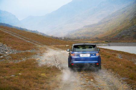 Range Rover Sport SVR: 550 CV enfrascados bajo un SUV