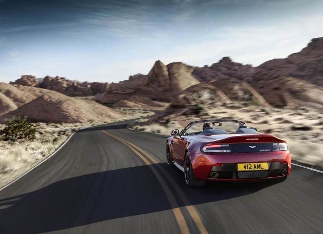 Oficial: Aston Martin V12 Vantage S Roadster 3