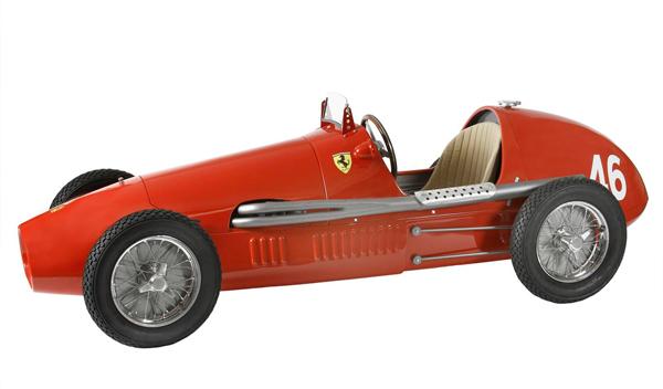 Un ajedrez de Ferrari por 1.488 euros: el colmo de la ostentación 2
