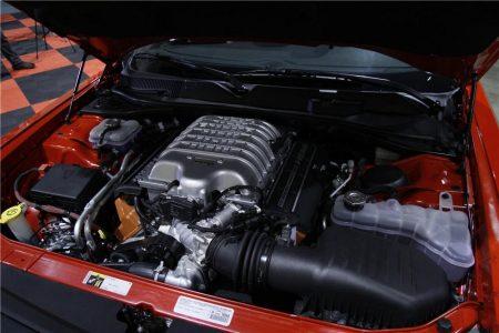 2015-Dodge-Challenger-SRT-Hellcat-VIN0001-4