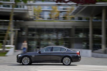 BMW-518d-528d-18
