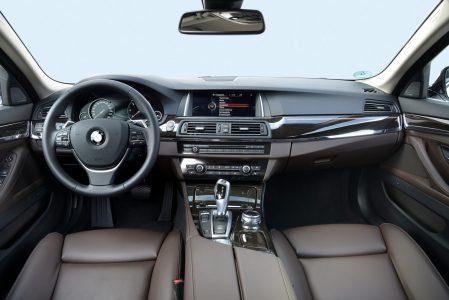 BMW-518d-528d-82