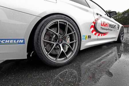 Lightweight-BMW-M4-22