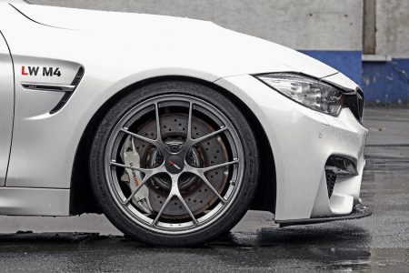 Lightweight-BMW-M4-7