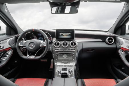 Mercedes-C63-AMG-16