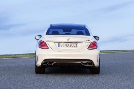 Mercedes-C63-AMG-4