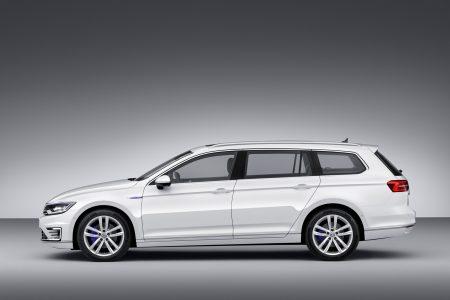 VW-Passat-GTE-7
