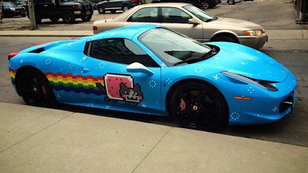 La polémica sobre el Ferrari de Deadmau5 y cómo han sabido sacarle partido desde Nissan 1