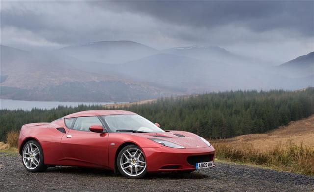 Lotus podría lanzar un SUV o crossover, ¿camino a una marca más generalista? 1