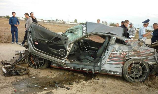 Muere en su Nissan GT-R durante una carrera de aceleración 2