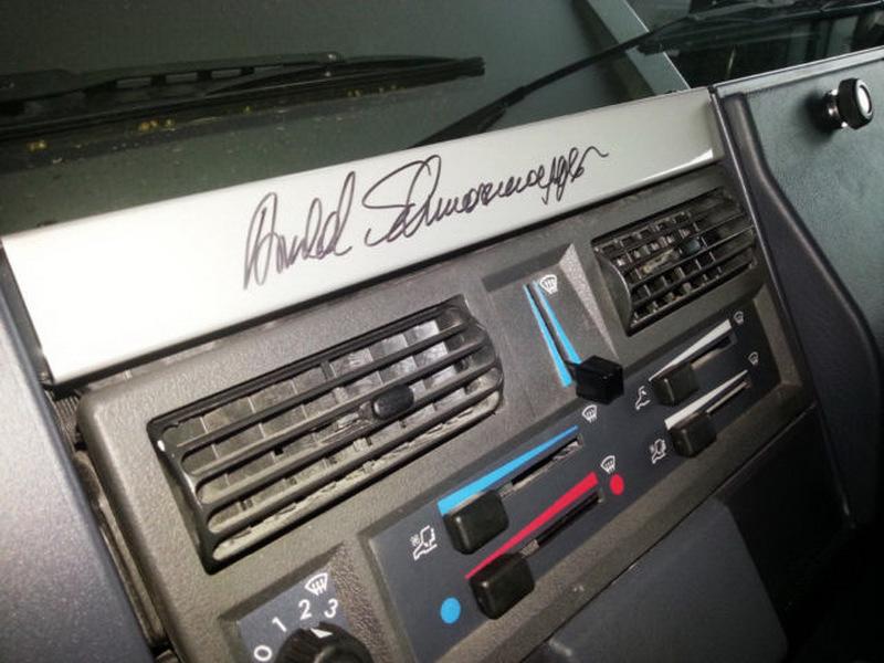 ¿Quieres el Mercedes Unimog de Schwarzenegger? Puede ser tuyo desde 208.250 euros 2