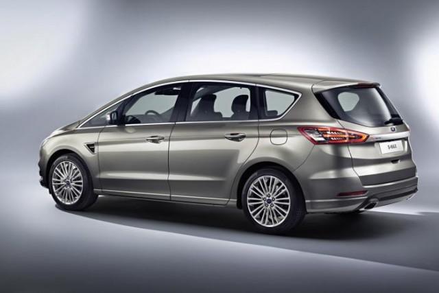 Revelado el Ford S-MAX 2015 que será presentado en París 3