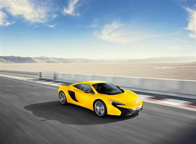 Ya es oficial: McLaren 625C coupé y Spider, descafeinado y sólo para Asia 1
