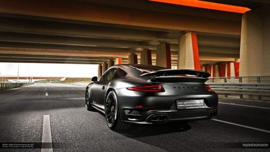 Porsche-911-Turbo-S-8