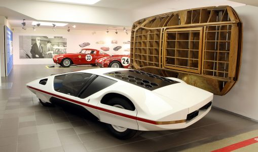 james-glickenhaus-left-and-the-ferrari-modulo-concept_100482585_h