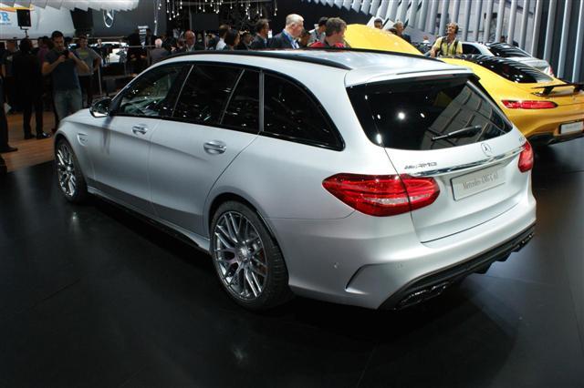 París 2014: Mercedes C 63 AMG y C 63 AMG Estate 1