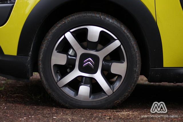 Prueba: Citroën C4 Cactus e-HDI 92 CV ETG6 (equipamiento, comportamiento, conclusión) 2