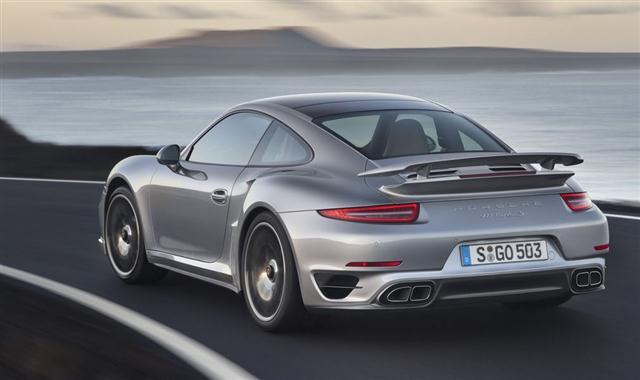 El deportivo con motor central de Porsche tendrá que esperar, y mucho