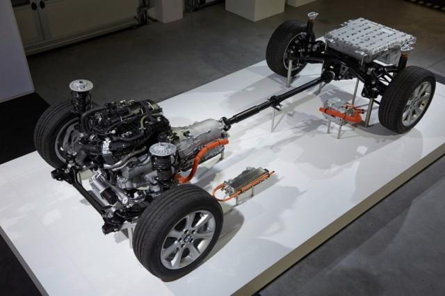 BMW Serie 3 Híbrido Plug-in: Primeras informaciones oficiales 1