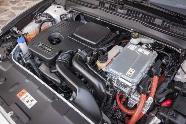 Ford inicia la producción del nuevo Mondeo Hybrid 2
