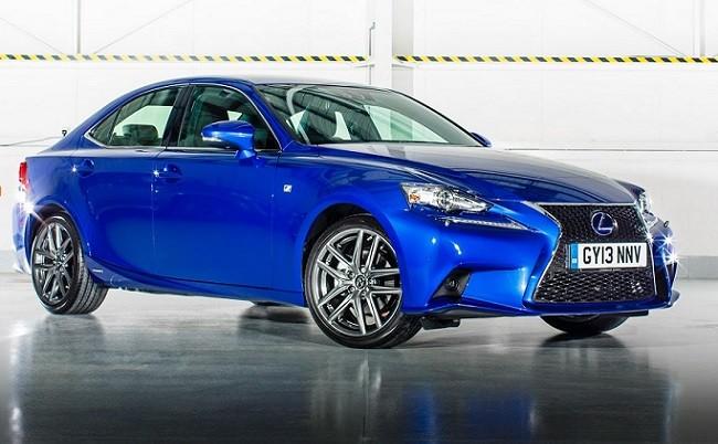 Lexus IS 300h 2015: Pequeños cambios estéticos para afrontar el nuevo año 2