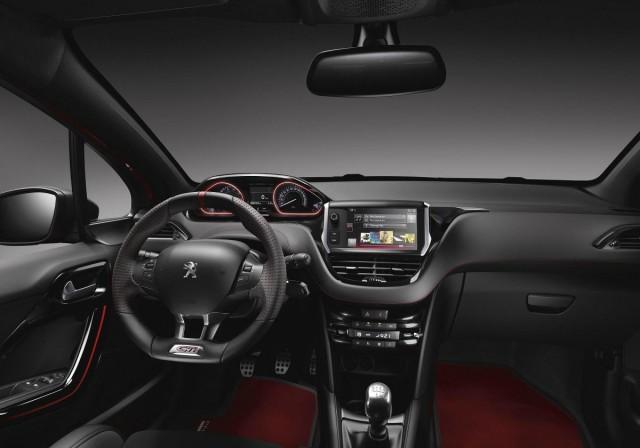 Peugeot 208 GTi 30th: El más radical, desde 26.780 euros 2