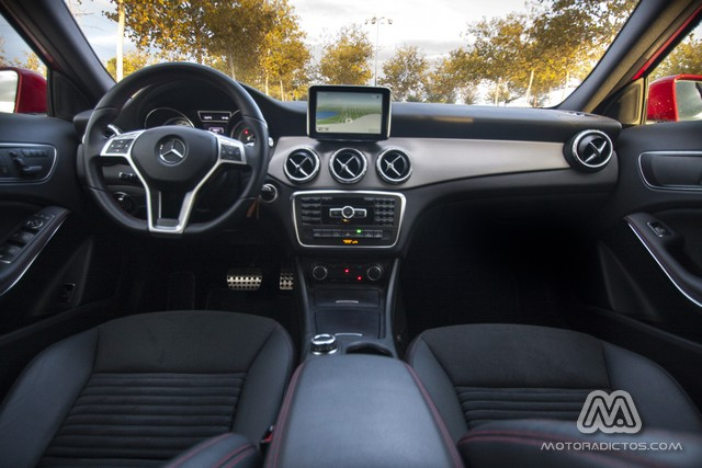 Prueba: Mercedes Benz GLA 220 CDI 4MATIC (diseño, habitáculo, mecánica) 3