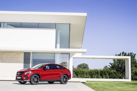 2016-Mercedes-Benz-GLE-Coupe-10