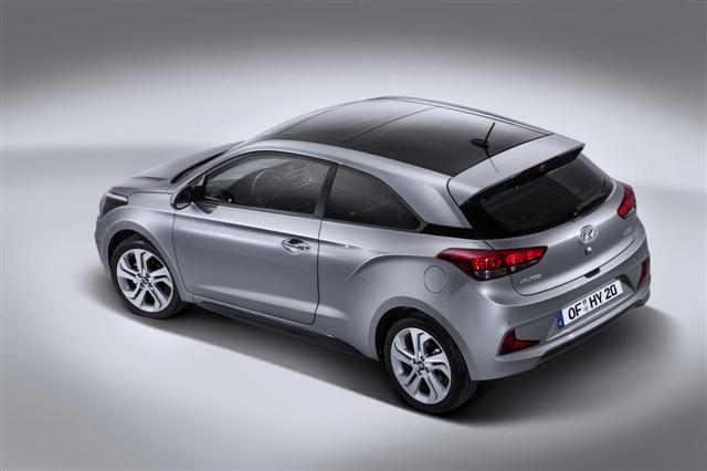 Oficial: Hyundai i20 Coupé, estilizado y con 3 puertas 2