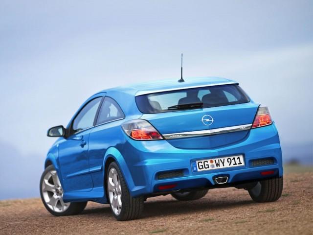 Opel OPC: Celebrando su 15 aniversario 2