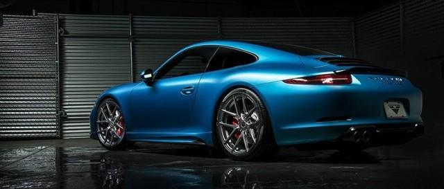 Porsche 911 Carrera S bajo el rodillo de Vorsteiners 1