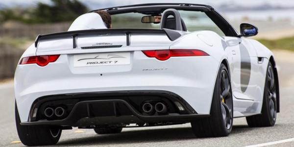Jaguar ya trabaja en un F-Type SVR 2