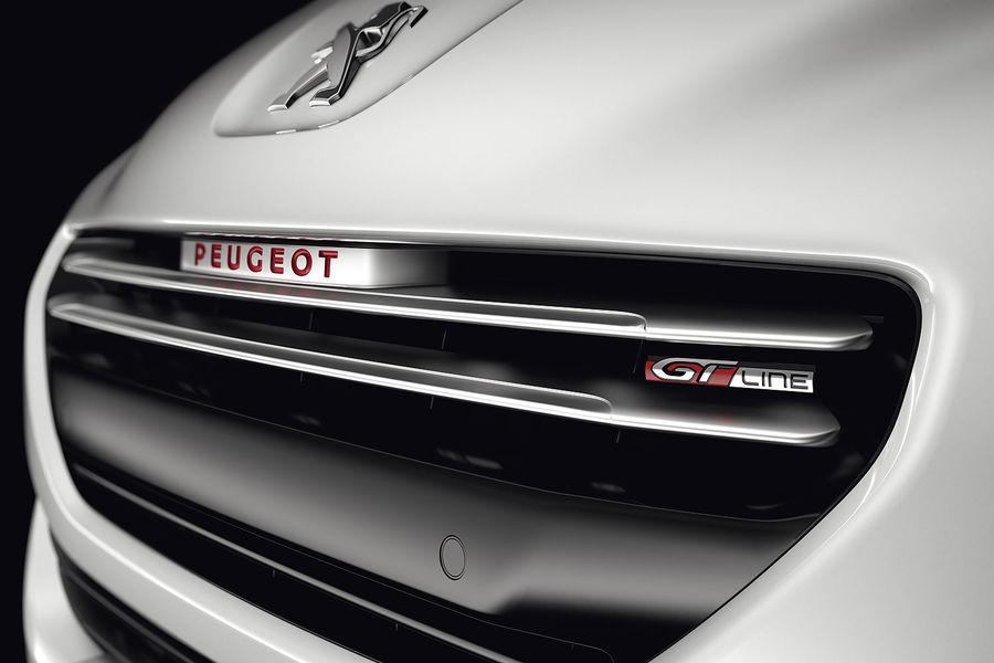 Peugeot RCZ GT-Line: Un toque deportivo sin recurrir a la versión más potente 3