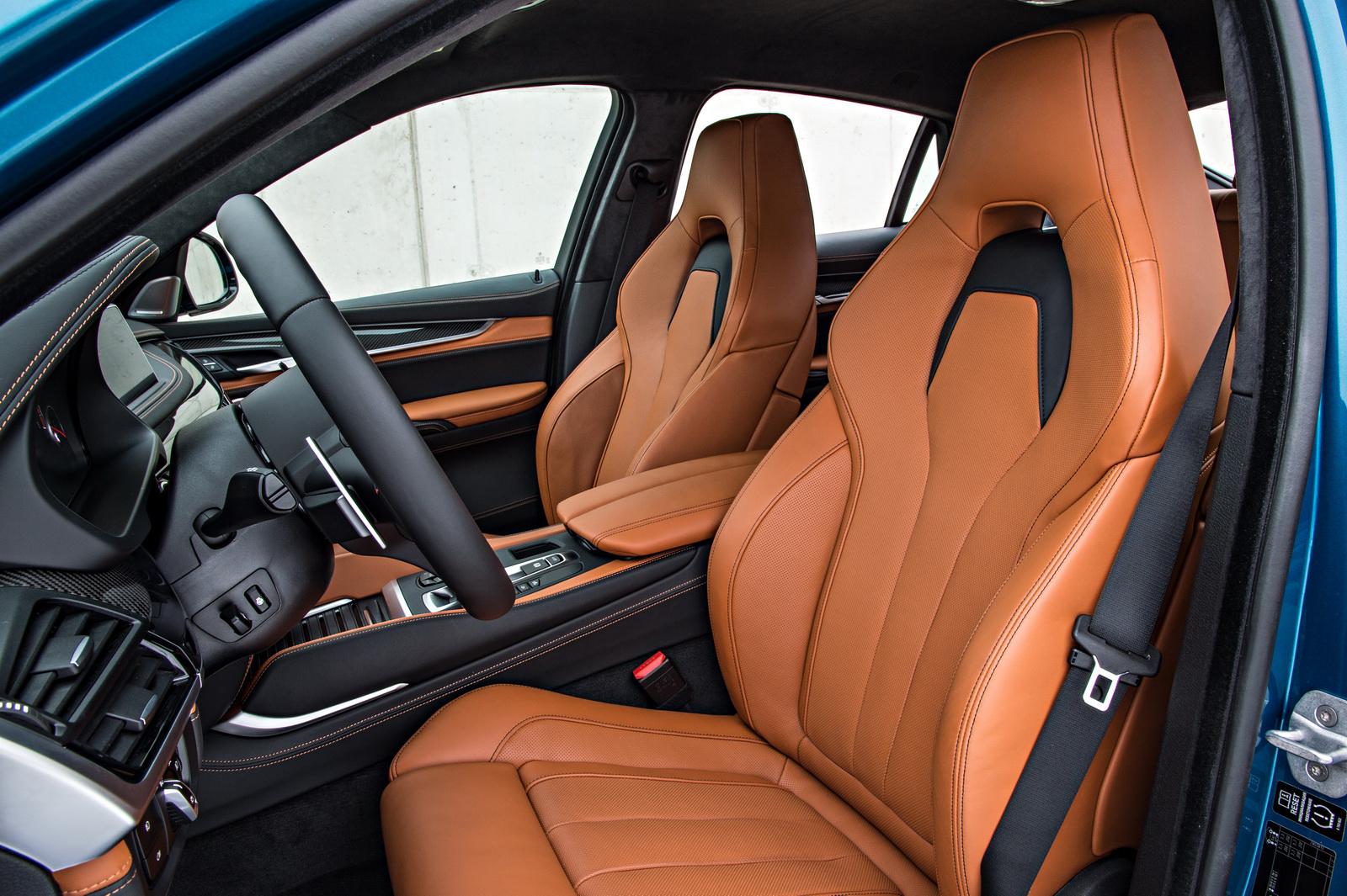2015-BMW-X6M-122