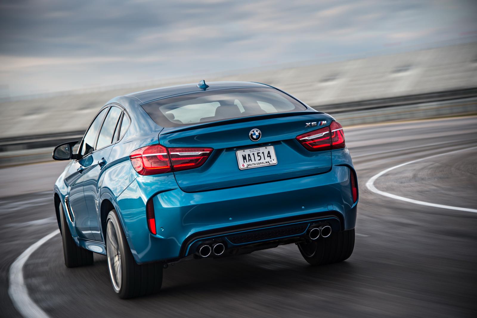 2015-BMW-X6M-15