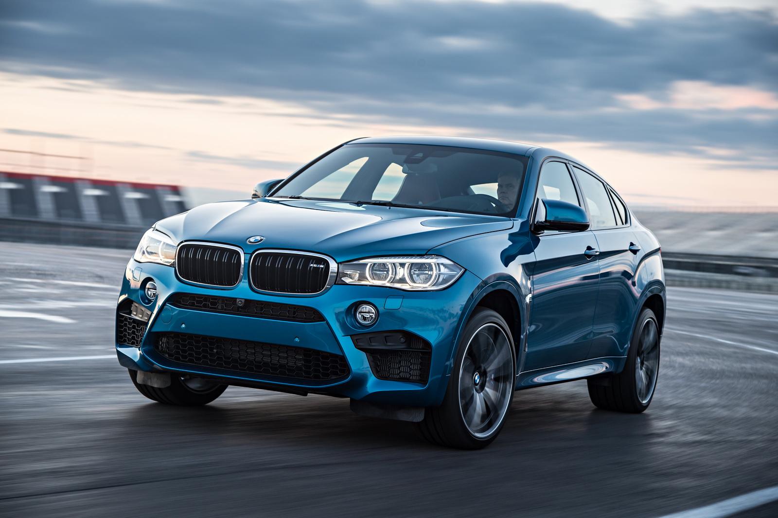 2015-BMW-X6M-26