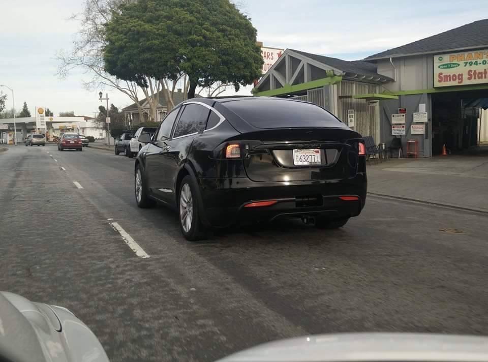 Al descubierto: Tesla Model X, casi sin camuflaje 1