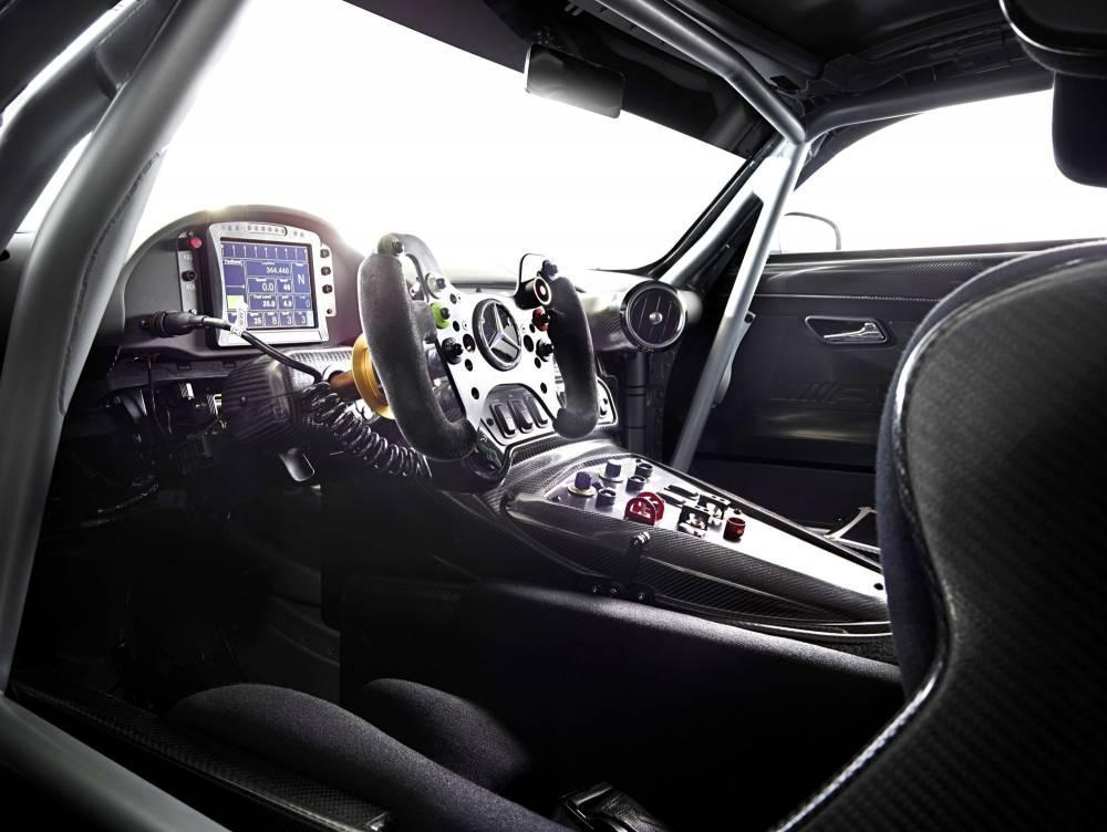 Así es el Mercedes AMG GT3, primeras imágenes oficiales 1