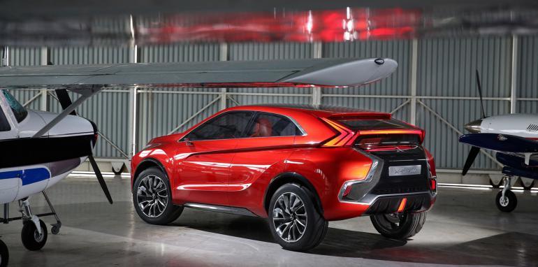 Mitsubishi XR-PHEV II Concept: La evolución del SUV compacto híbrido enchufable 3