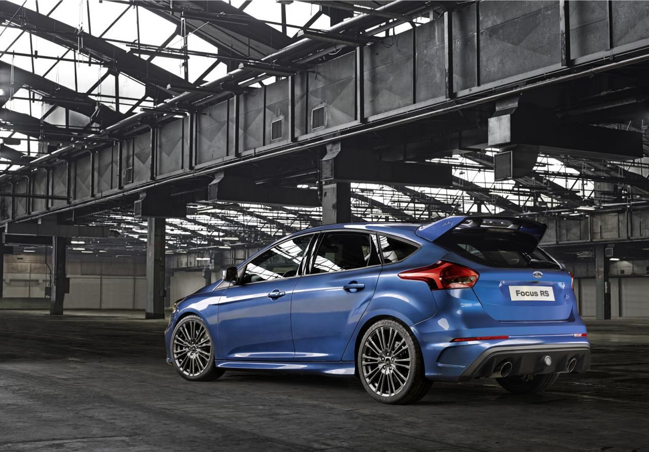 Oficial: Ford Focus RS, debuta con 315 caballos y tracción total 2