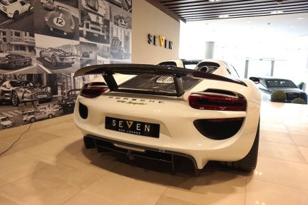 porsche-918-spyder-for-sale-3