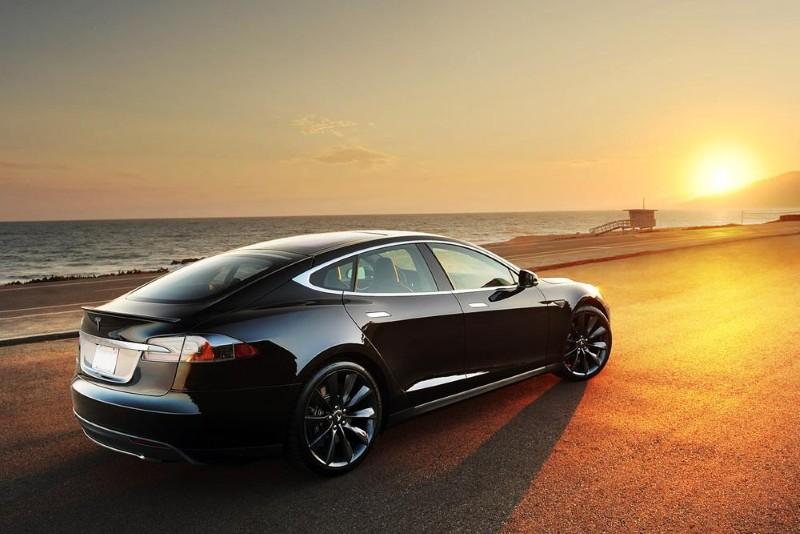 Tesla anuncia mejoras en las cifras de aceleración del Model S P 85D 2